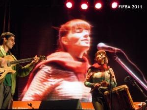 Foto obtenida desde el sitio oficial de Mariana Barajhttp://www.marianabaraj.com/fotos.html